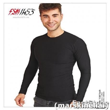 Marškinėliai ilgomis rankovėmis, 92% medvilnė, 8% elastanas.