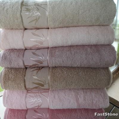 """Baltas bambuko vonios rankšluostis 90x145cm. """"Bambu Jakar"""""""