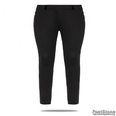 Tamprės-kelnės su kišenėmis ir diržui įverti kilpomis